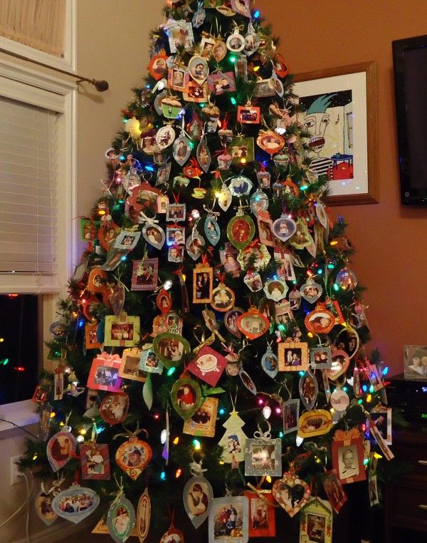 Christmas Photo Tree Idea